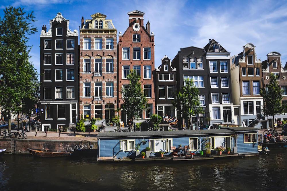 Amsterdamm-Häuserfront