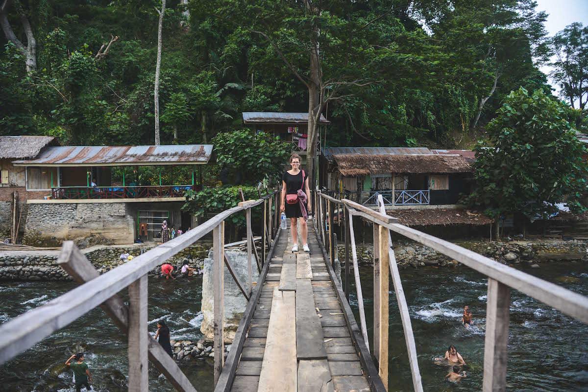 bukit-lawang-hängebrücke