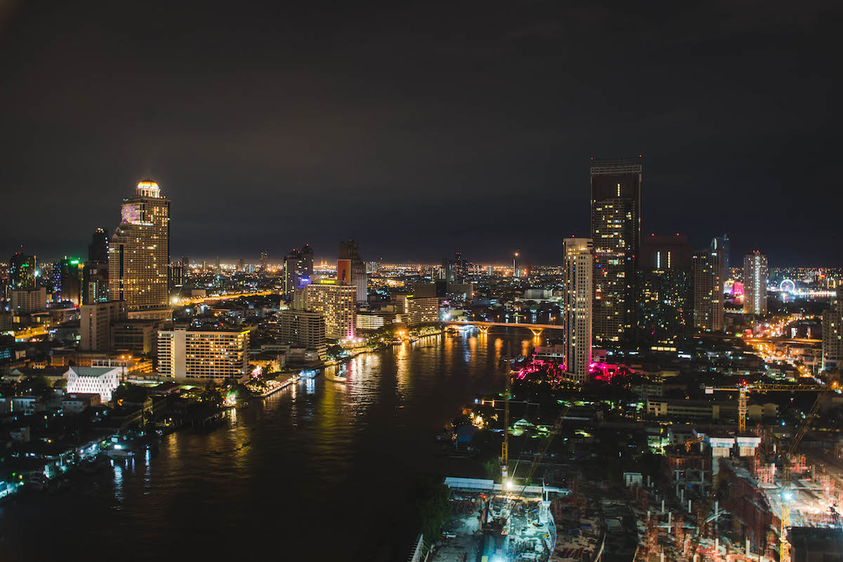 360-rooftop-bar-hilton-bangkok