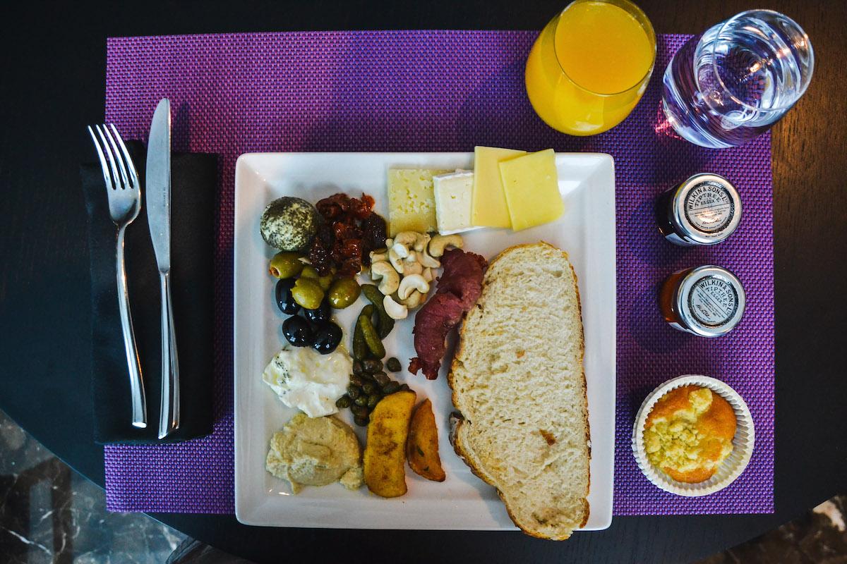 dubai-melia-frühstück