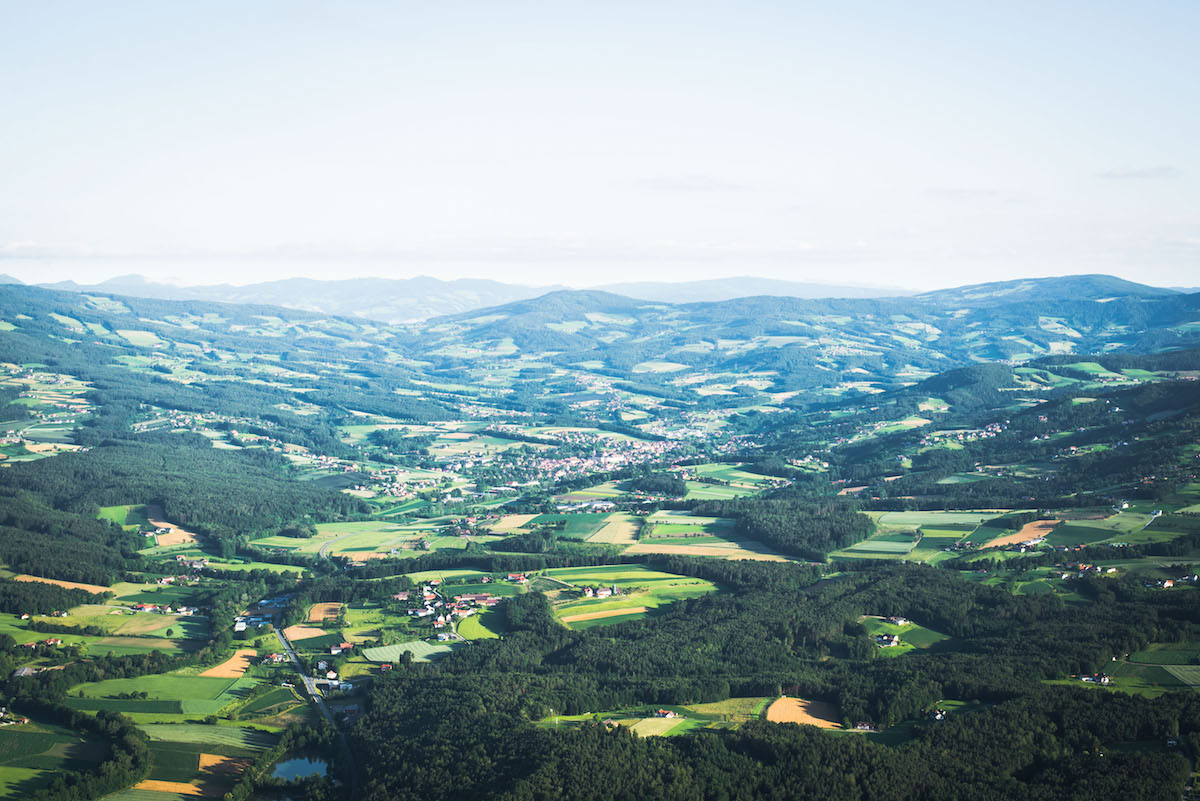 Landschaft-Steiermark-Heißluftballon
