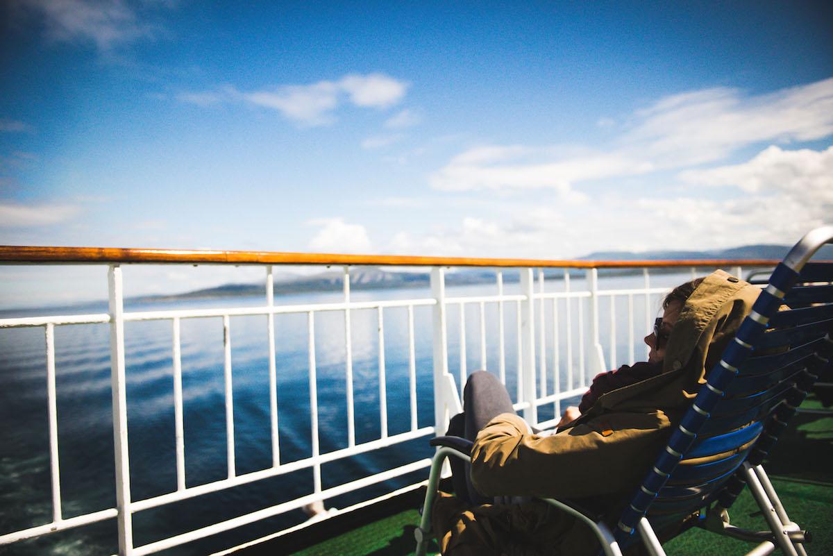 Hurtigruten-an-deck