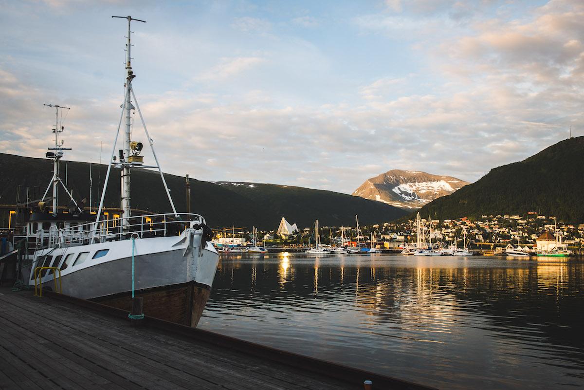 Tromso-Hafen-Mitternachtssonne
