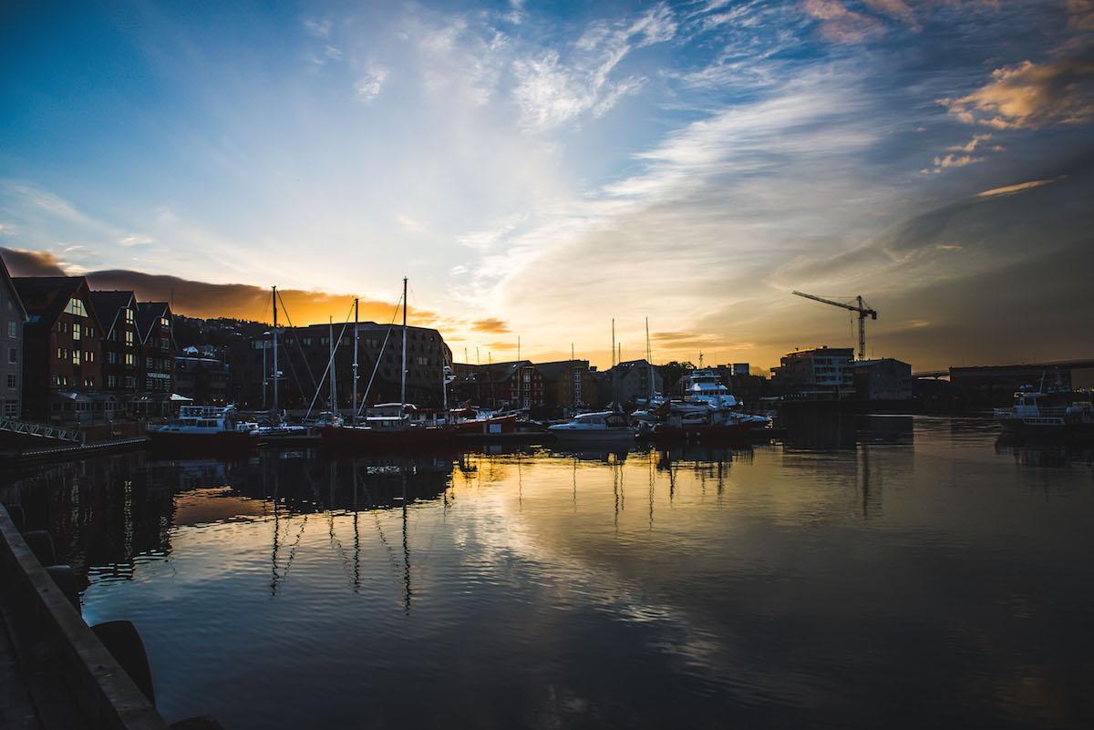 Tromso-Hafen-Sonnenuntergang