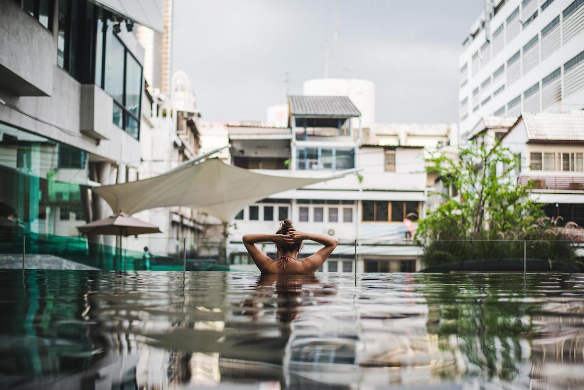 lit-hotel-bangkok-pool