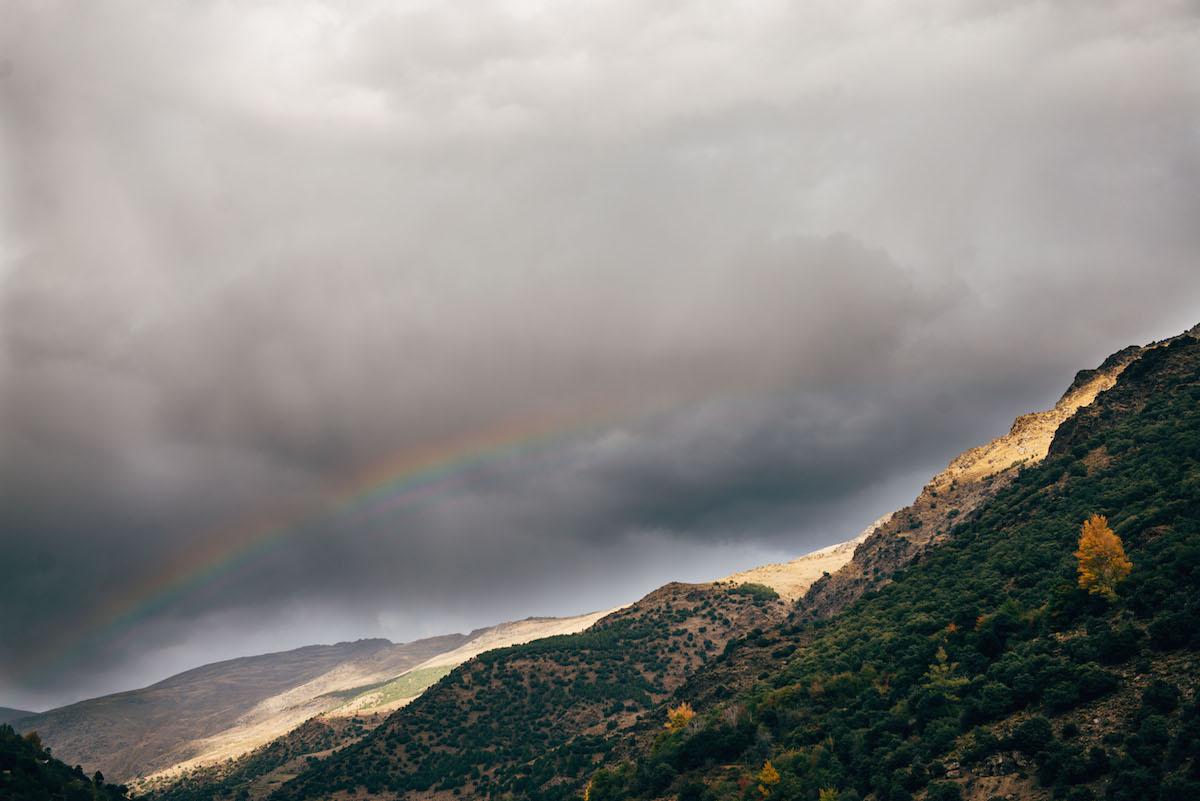 sierre-nevada-regenbogen