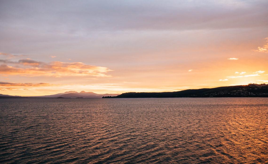 Lake Taupo Sonnenuntergang