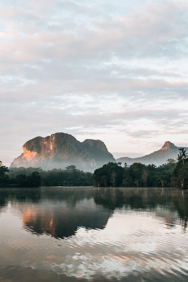 Sonnenaufgang See Krabi