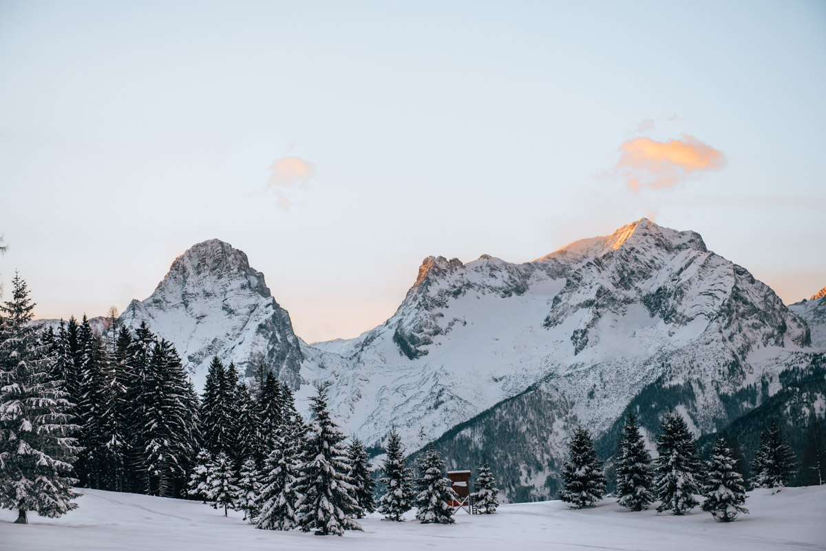 Sonnenaufgang Skifahren