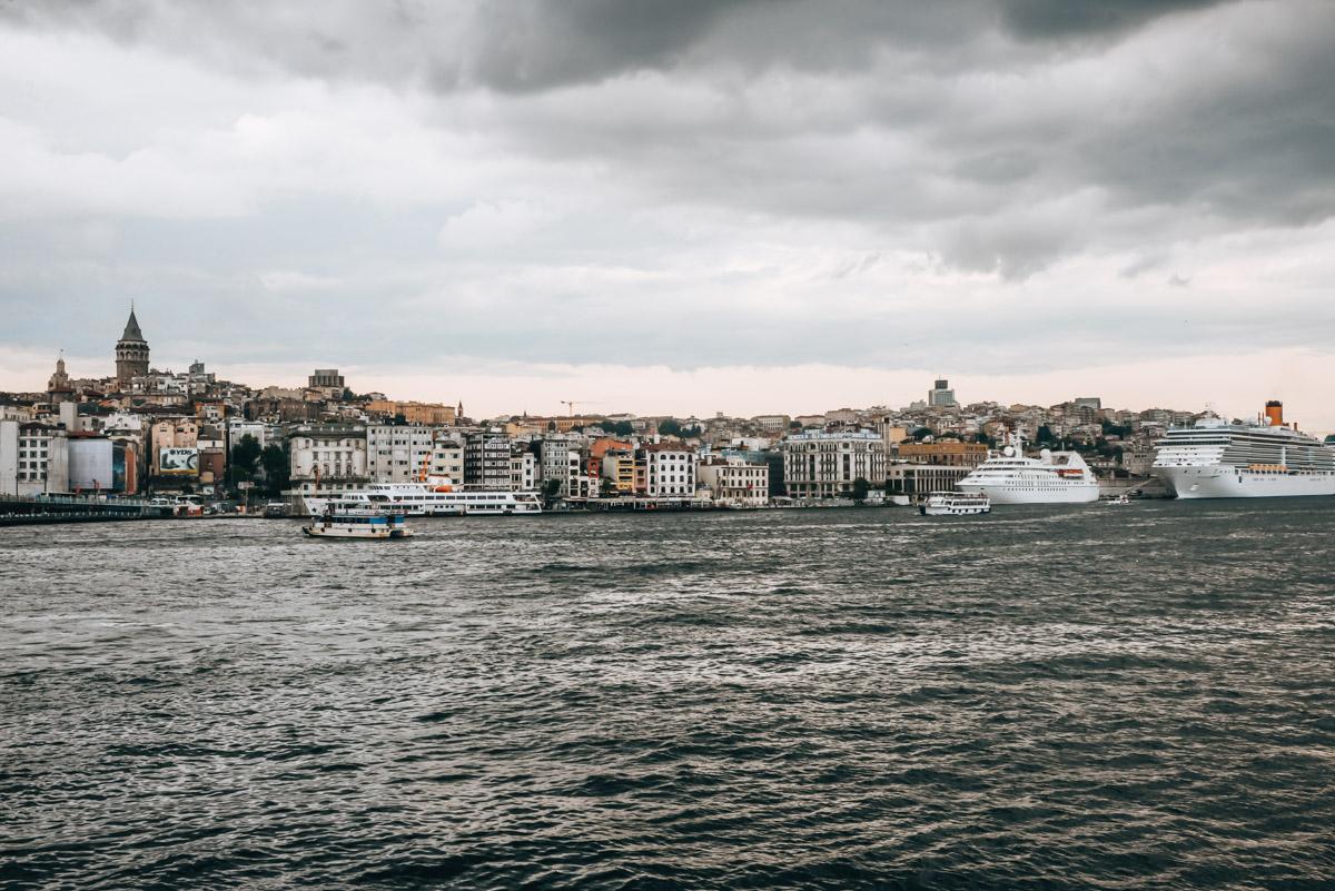 Bosporus Schiff