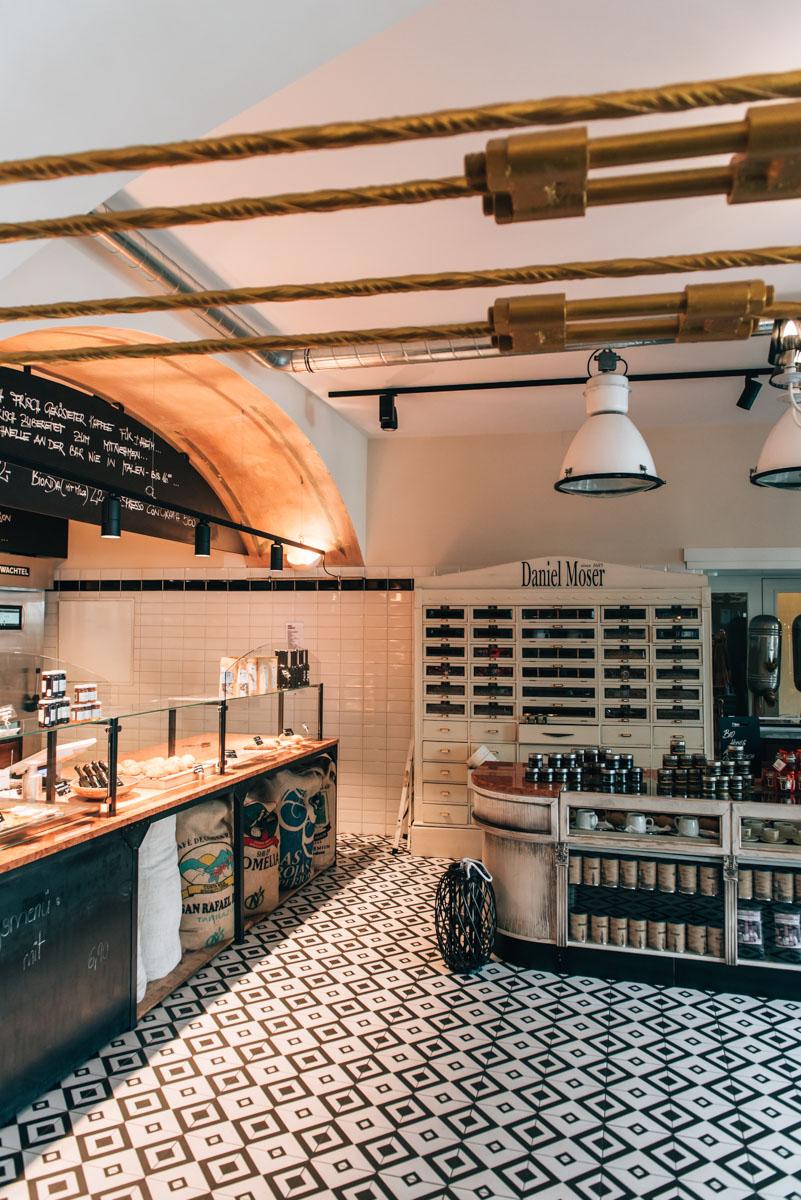 Cafe Bernhart