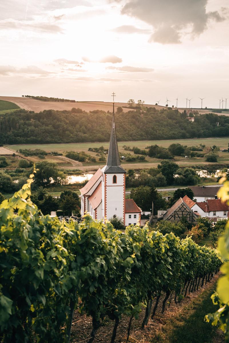 Kolitzheim Kirche