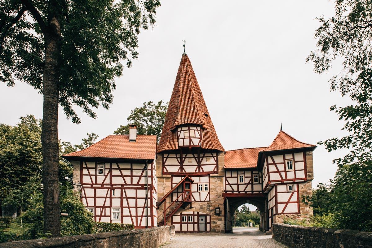 Iphofen und Umgebung: Unsere Tipps für die malerische Weinstadt - Sommertage