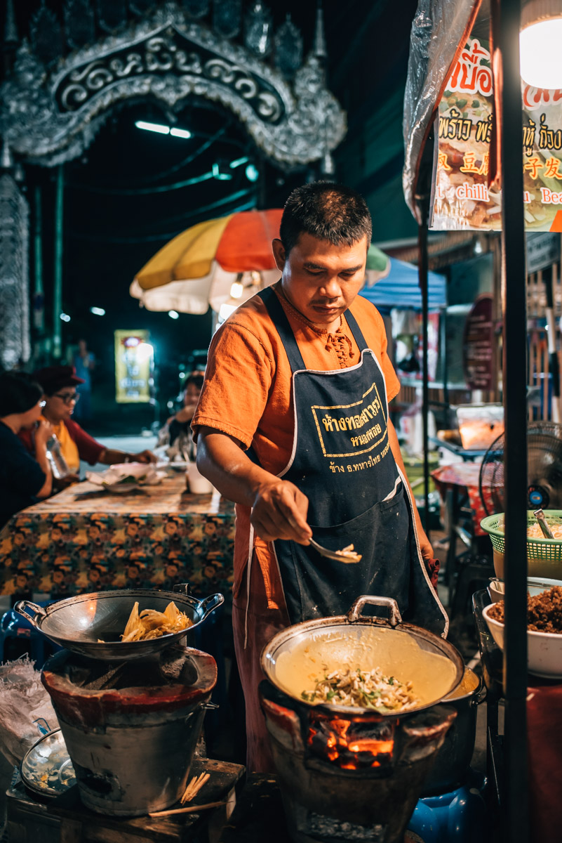 Saturday-Night Market Chiang Mai