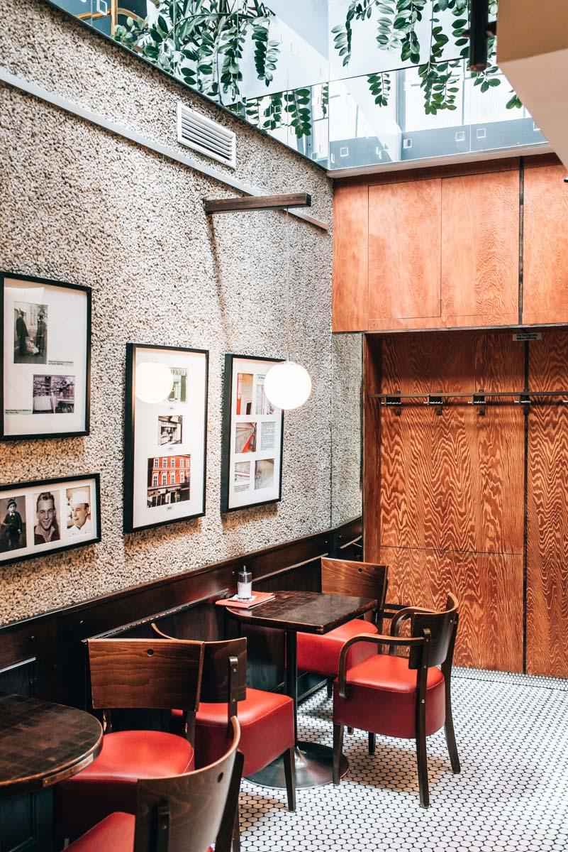 Wiener Neustadt Cafes